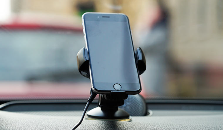 Автомобильный держатель с функцией беспроводной зарядки, Onetto Charging Car&Desk Mount Easy Flex Wireless